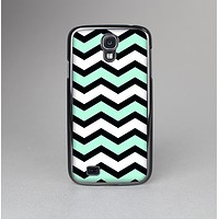The Teal & Black Wide Chevron Pattern Skin-Sert Case for the Samsung Galaxy S4