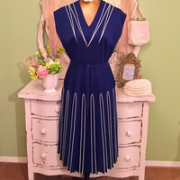 70s Blue White Painted Dress, 1970s Secretary Dress, Vintage Office Dress, Size Medium Large, Business Attire, Retro Glam Dress, Fabulous!