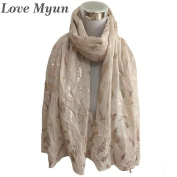 Free Shipping ! Fashion Feather champagne Foil Print Scarf