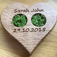 Ring Bearer Pillow Alternative, Oak Wood Slice, Woodland Wedding, Moss Ring Bearer Pillow, Country Wedding, Heart shaped Ring Bearer Pillow