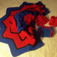 Handmade Crochet Spiderman blanket and outfit, spiderman inspiring outfit and baby boy blanket, baby boy crochet blanket, crochet spiderman