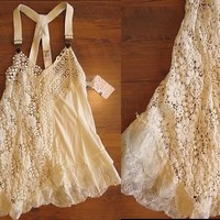 NWT $ 128 Free people anthropologie  Beaded Lace tunic size M