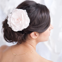 Rose fascinator, flower hair comb, blush headpiece - Style 1102