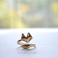 Tiny Gold Fox Ring