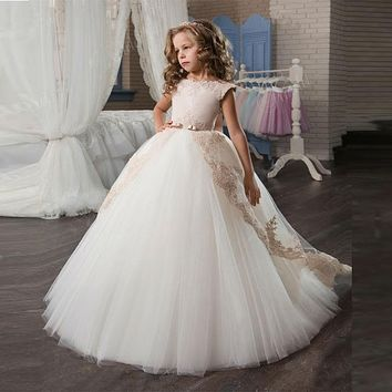 WF803 Lace Ball Gown Flower Girl Dresses 2017 New Appliques Cute Bow-knot Ivory Girls Pagaent Dress Girls First Communion Dress