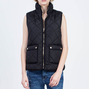 Thread and Supply Wanderer Vest in Black TSJKX1040-BLACK