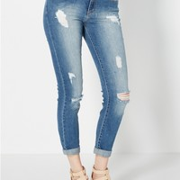 Distressed Cropped Jean