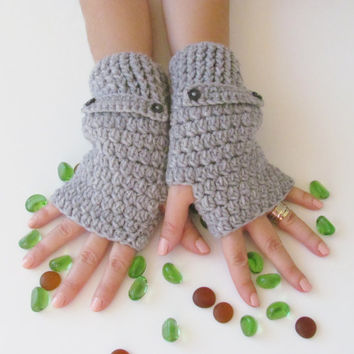 Gray Fingerless Gloves With Buttons,Crochet Pattern, Hand Arm Warmers,Winter Accessories, Fall Fashion,Mittens