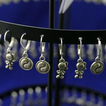 96 Assorted Pairs Of Earrings On FREE Display With All Time Favorite Figures