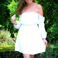 She's such a Doll Off The Shoulder Dress : White