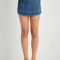 90s First Thing's Flirt Skort in Medium Rinse
