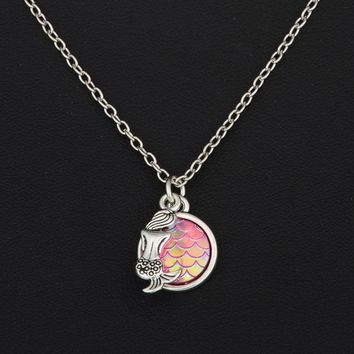 One Scale Pendant Rainbow Holographic Sequins Charm Necklace Unique  A
