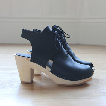 Sofie Bootie - Bryr - Handmade Clogs in San Francisco