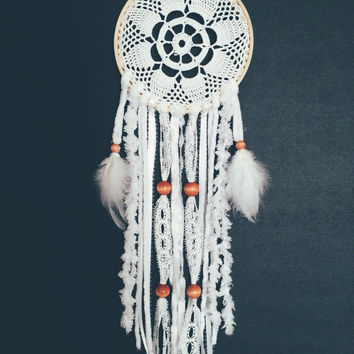 Doily Dream Catcher, Dream Catcher, Doily Dream Catcher, Crochet Doily Dream Catcher, Lace Dream Catcher, wall hanging,handmade DreamCatcher
