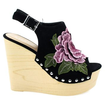 Woobery17 Black By Bamboo, Large Floral Patch On Wooden Platform Wedge Sandal, Metal B