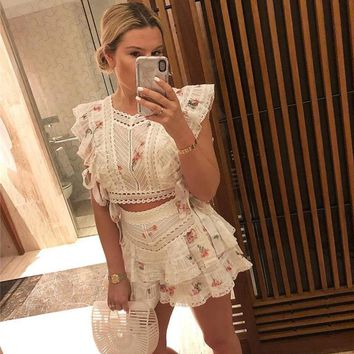 Runway Designer Floral Printed Two Piece Set 2019 Summer Sweet White Lace Patchwork Top+ Short 2 piece outfits for women