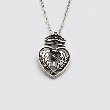 1pc Scottish Thistle Heart Pendant Irish Love Jewelry For Women Child Tiny Dainty Necklace
