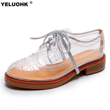 2017 Summer Breathable Flat Shoes WomanTransparent Brogue Shoes Women Fashion Platform Oxford Shoes For Women Lace Up
