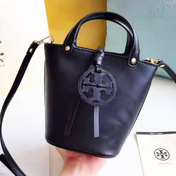 Tory burch sells vintage solid color lady's shoulder bag with  stylish shopping bag
