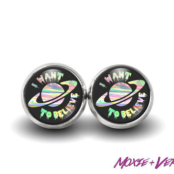 90s Grunge Alien Earrings, 90s Jewelry, Stud Earrings, Glass Earrings, Pastel Grunge, I Want To Believe, Alien Jewelry