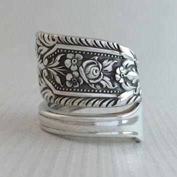 Size 8.5 Vintage Sterling Silver WWII Rose Spoon Ring