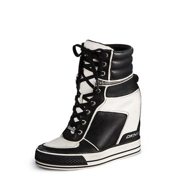 GRIFFIN WEDGE SNEAKER