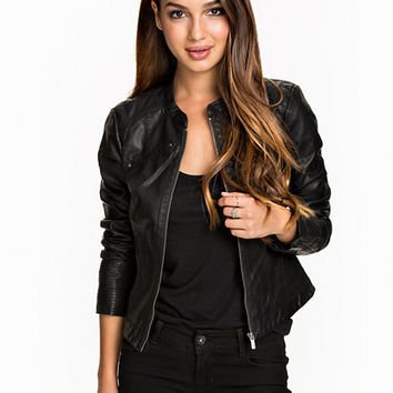 68707b99b270b VMSTUDENT SHORT PU JACKET A PC10 ?, Vero from nelly