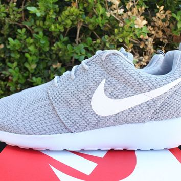 NIKE ROSHE ONE SZ 8 WOLF GREY ROSHE RUN 511881 023