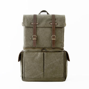 Camera Bag / Casual Daypacks / Laptop Backpack / Green Canvas / JOURNEYMAN