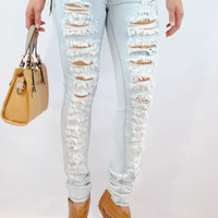 (ani) Super distressed light wash jeans