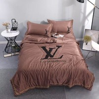 Comfortable Soft LV Bedding Blanket Quilt Coverlet Pillow Shams 4 PC Bedding Sets Home Decor