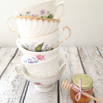 Vintage Mismatched Medley Tea Cups Set of 6 Party, Baby or Bridal Shower Favors Bachelorette Party Gifts Candle Making Crafts
