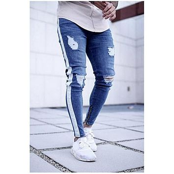 VERTVIE 2018 Knee Hole Side Zipper Slim Distressed Jeans Men Fashion Trendy Ripped Tore Up Jeans For Male Stripe Pants 3XL
