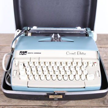 Vintage Smith Corona Typewriter / SCM Working Electric Typewriter / Coronet Electric Typewriter / Antique Blue Typewriter / Retro Typewriter