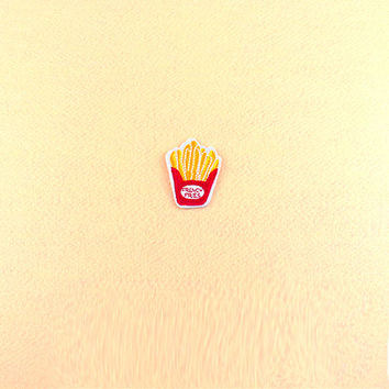 French Fries Patch  - Iron On Patch - Embroidered Patch (Size : 4.7cm x 6cm)