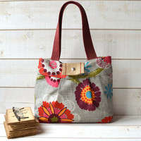 Diaper bag MIMOSA GRAY Medium / floral print  with red by ikabags
