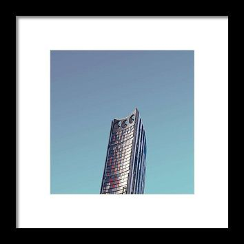 Urban Architecture - Elephant And Castle, London, United Kingdom - Framed Print