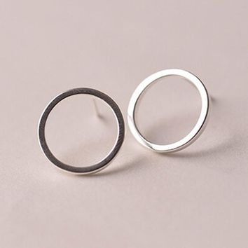 Factory Price 925 Sterling Silver Jewelry Ladies Popular Brief Round Design Piercing Stud Earring Women Fine Jewelry