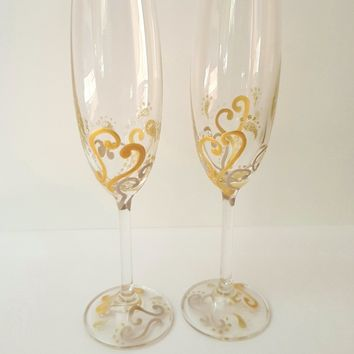 2 Hand Painted Gold & Silver Hearts Champagne Flutes, wedding champagne glasses, anniversary glasses, wedding flutes, decorated flutes