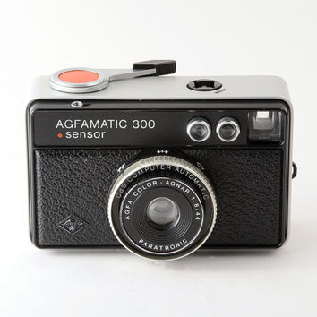 Agfa Agfamatic 300 Sensor Instamatic 126 Film Camera with Case Working