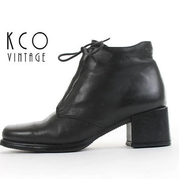 Ankle Boots 7.5 Black Leather Chelsea Boots Chunky Shoes Block Heel Lace Up 90s Boots Minimal Vintage Women's Size- US 7.5 / UK 5.5 / EUR 38