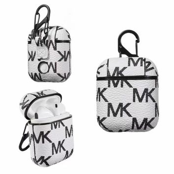MICHAEL KORS  AIRPODS CASE - WHITE