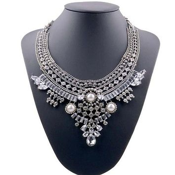 1 Silver Plated Chunky Pendant Vintage Bohemia Women Crystal  Bib Choker Necklaces Female Jewelry Collares