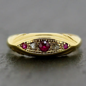 Art Deco Ruby Ring - Antique 1920s Ruby & Diamond 18ct Gold Ring