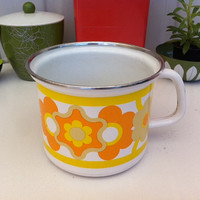Vintage enamel pot with retro yellow and orange flower pattern!!