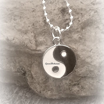 Yin Yang Necklace,Ying Yang,Yoga Jewelry,Balance Pendant,Tai Chi,90s Grunge,Unisex Jewelry,Taoism,Hippie,Raves,Ready to Ship,Direct Checkout