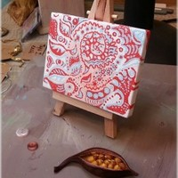 Red Pattern - Miniature acrylic painting with an easel