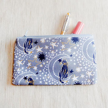 Make Up Bag/ Cat Gift for Her/ Gift for Cat Lover/ Valentine Day Gift/ Gift for Mom/ Wife Gift/ BFF GIft/ Sister Gift/ Coworker Gift/ Pouch