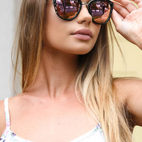 Quay Australia - My Girl Sunglasses - Black Tort/Pink