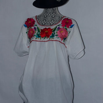 Vintage 70's Mexican Top with Authentic Embroidery White Cotton Blouse